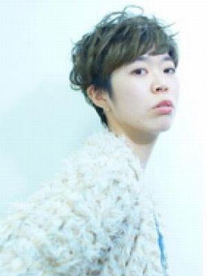 大阪 美容室 ショート カット 髪型